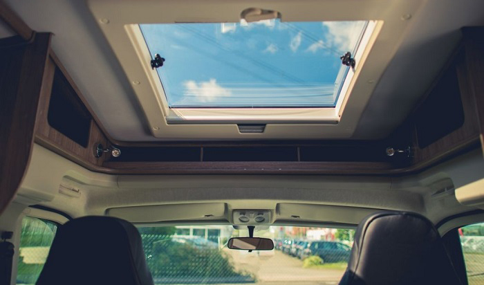 how to replace rv skylight